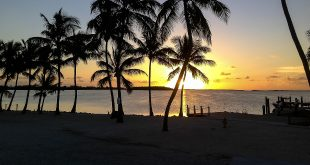 key largo sunset Playa Largo Resort icon