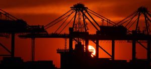 import-export tips icon port cranes